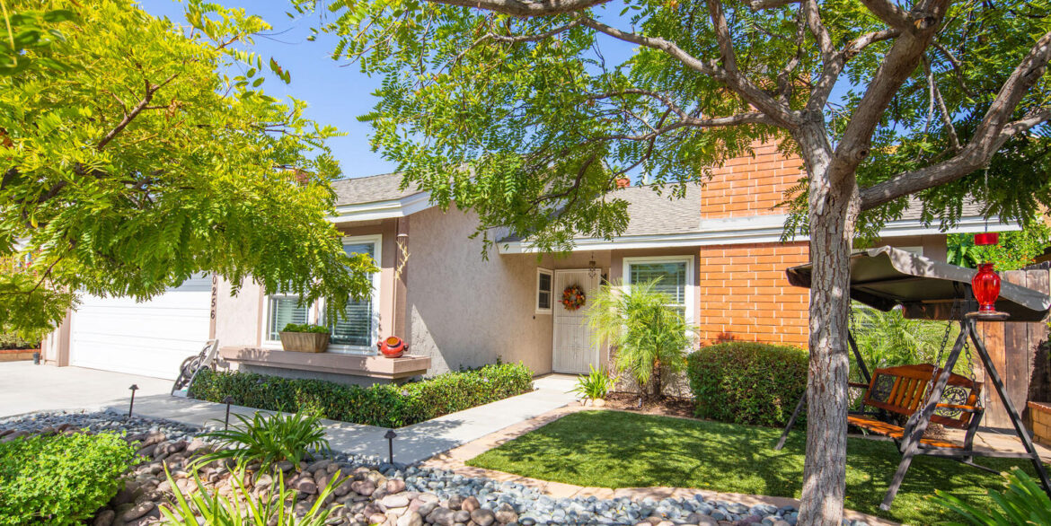 10256 Easthaven Dr Santee CA-large-013-011-Easthaven Drive Santee CA-1500x1000-72dpi